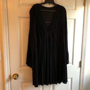 Torrid 2x black lace up peasant bell sleeve dress